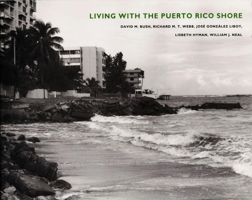 Living with the Puerto Rico Shore als Taschenbuch