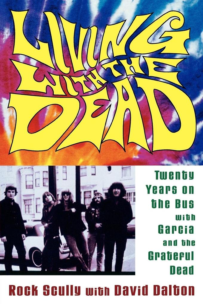 Living with the Dead als Buch (kartoniert)