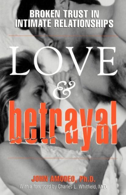Love and Betrayal als Taschenbuch