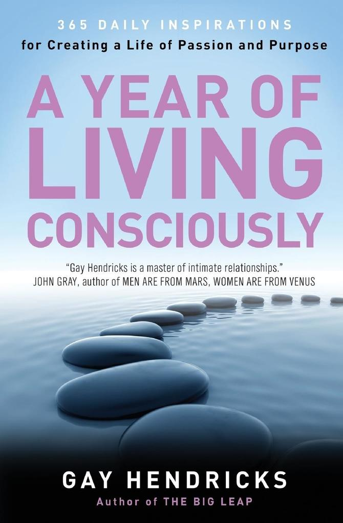 Year of Living Consciously, A als Buch (kartoniert)