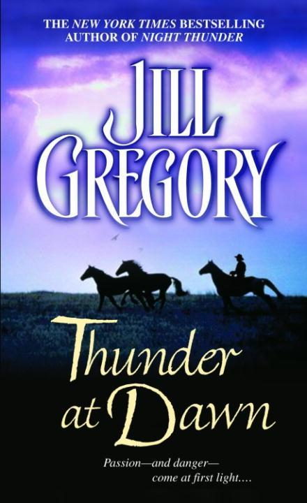 Thunder at Dawn als eBook epub
