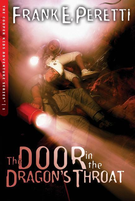 The Door in the Dragon's Throat als Taschenbuch