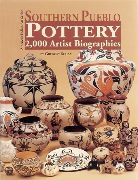 Southern Pueblo Pottery: 2,000 Artist Biographies als Buch (gebunden)