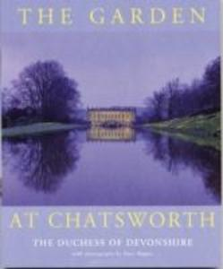 The Garden at Chatsworth als Taschenbuch