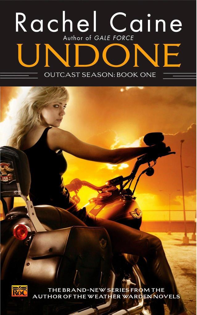 Undone: Outcast Season, Book One als Taschenbuch