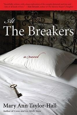 At the Breakers als Buch (gebunden)