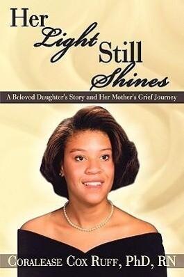 Her Light Still Shines als Buch (gebunden)